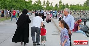 İstanbullu kaygılı; karantina ve denetim artırılsın