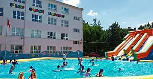 Örnek olacak proje; Okul Bahçelerine Portatif yüzme havuzu kuruld
